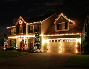 Tips for Hanging Christmas Lights